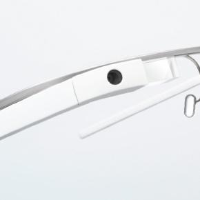 Google Glass : Winky prend des clichés d'un clind'œil