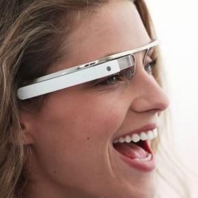 Mise à jour Google Glass XE8 : de nouvelles commandes vocales et un lecteurvidéo