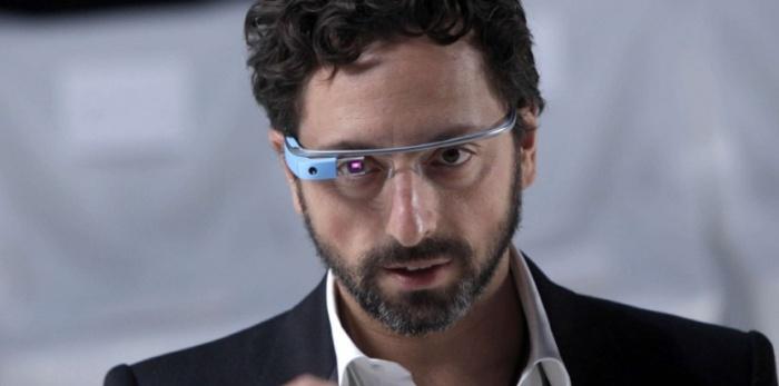 5880011-google-glass-des-lunettes-pour-les-gouverner-tous