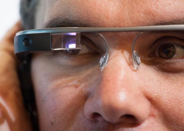 20120627_Google_Project_Glass_001_620x443