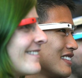 Les lunettes connectées très en vue au salon high-tech CES 2014 LasVegas
