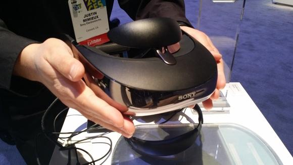 les-sony-head-mounted-display