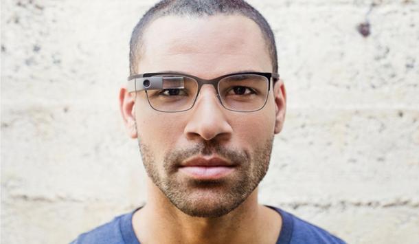 Look-avec-Google-Glass-2