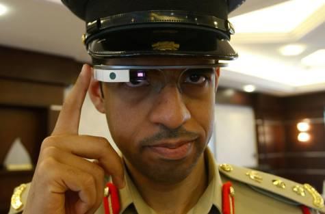 Google-Glass -la-police-de-Dubaï-s'équipe-1