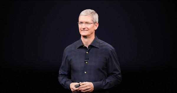 Apple-Tim-Cook-Lunettes-Connectées