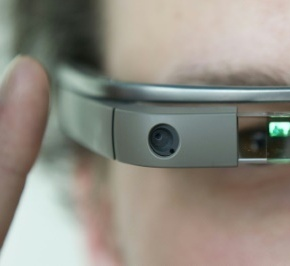 Le monde de l'optique voit le futur dans les lunettesconnectées