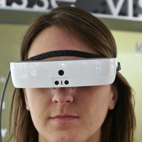 La boutique Krys de Roubaix vend des lunettes connectées pour lesmalvoyants